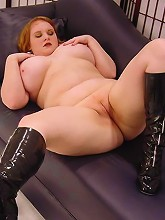 Plump blonde playing with her titties and spreading her huge fat thighs to show off her cunt live_30