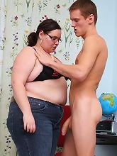 Fat teacher with shaved cunt pounded_30