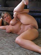 258 curvy voluptuous women_30