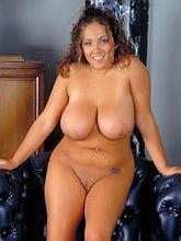 265 curvy voluptuous women_30