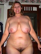 curvy voluptuous women_30
